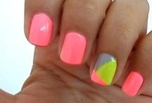 Nails / by R a q u e l