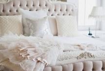 Bedroom / by R a q u e l
