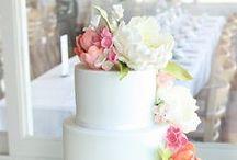 Wedding Cakes / by R a q u e l