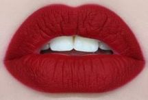 lovin' my makeup ! / by Nicky Goin