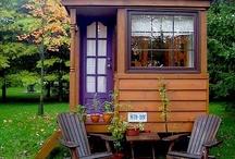 tiny houses / by Enza Knapp