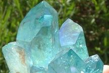 Crystals, Gems, & Minerals / by Jennifer Almeida