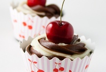 Cupcakes Ideas! / by Deanyelli Hilario