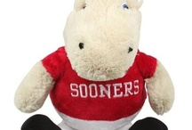 Sooner Gift Guide / All the best OU holiday gift ideas, all in one show. Tune in to the Sooner Gift Guide on Sooner Sports TV for exclusive limited-time offers on featured products, and find the perfect holiday gift for the special Sooner in your life. Visit http://www.soonersports.com/multimedia/sooner_sports_tv.html for air times and local listings.  / by Oklahoma Sooners