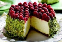 cakes / by Brittney Belnap