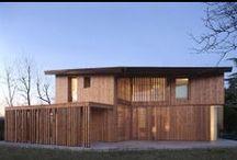 """""""L'angolo del Tetto"""": la casa dei sogni di Gianna / Gianna sta costruendo la casa in legno dei suoi sogni! Condividi su questo board suggerimenti, consigli e idee su come decorare e arredare usando l'hashtag #LovliGianna / by Lovli .it"""