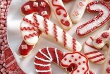 jingle jingle / by Ellen Bartlett (Cakes to Remember)