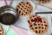 Tarts & Pies / by Monica (Retro Cake)