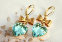Gorgeous Jewelry / by Stefanie Singleton