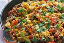Main Dish Recipes to Try / by Shelby Neuzil
