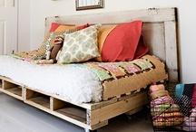 I love pallets / by Children Inspire Design