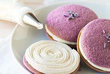Desserts / by Holly Bishop
