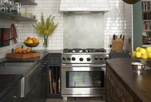 Timeless Kitchens / by Gillian Gillies