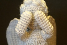 Crochet...wishing i knew how to... / by Heidi Hobbs