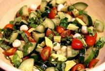 Ensalada!  That's Salad to Me and You / by Joni Howell