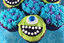 Cupcakes / by Mandy Johnson