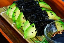 Fit Single Mom Sushi / by Charlene Blacer