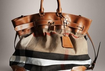 Bags Addict / by Grace Choong