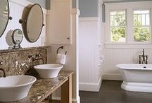 Bathrooms / by Fiona Browne