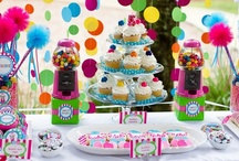 Party Ideas / by Julie Bazal