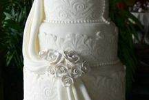 Cakes I Would Love to Make / by Lynda White