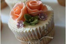 Cupcakes I Love / by Lynda White