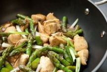 Rock the Wok / Healthy, fast and easy recipes featuring Epicure's Eclipse® Coated Wok & Glass Lid. Eat in, don't take out! / by Epicure