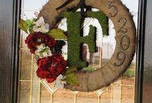 Wreaths / by Chelsie Matthews