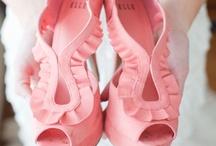Shoes, Yes Please / by Hammadah Talib