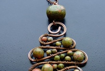 Beading / by Julie Parton