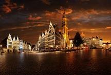 Antwerpen / Onze prachtige stad Antwerpen. Een groep enthousiaste Antwerpenaren pinnen hier de mooiste & leukste foto's uit hún koekestad.  Zin om mee te pinnen met ons? 'Volg' dit board en we sturen je een invite! / by Apen.be Antwerpen