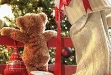 TEDDY BEARS PICNIC.... / by Shelley Hinkle Mogg