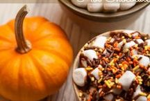 Fall Favorites! Pumpkin, Halloween and Crisp Crafts! / Fall Favorites! Pumpkin, Halloween and Crisp Crafts! / by Annette McCormick