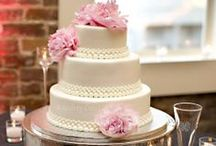 Who Wants Some Cake? / Wedding cake ideas for my 'Dream Wedding' one day.  / by Beth Neuenschwander
