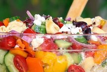 Apps & Sides / Appetizers and side dishes / by Ari Del Guidice