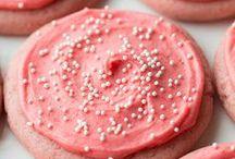 Cookies / by Caitlin Schoen