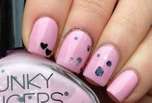 The Daily Nail / Post your daily manicure here! ONE PIN PER DAY PER USER, please! :-) / by Ariel Casner
