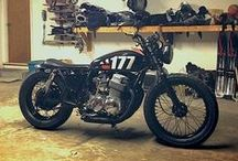 Motorcycles / by Ian Greant