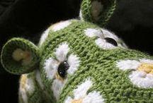 crochet / by Shy Marshwiggle