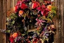 Wreathes and Swags / by Arlene Russell