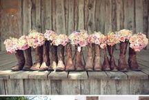 Dream Wedding ideas..... / by Kaylianna Ott