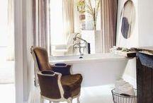la salle de bains / by Anjali Mullany