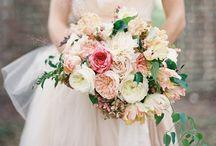 Wedding Flowers / by Cat Neumayr