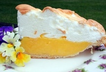 Pleasing Pies & Pastries / by Ilene Irvin