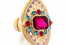 FTF + Jewelry / Trendy plus size jewelry. / by Fashion To Figure