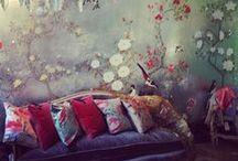 Wonderful walls / by Ellen Gassmann