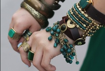 ACCESSORIZE it.. / by Cheryl Snyder