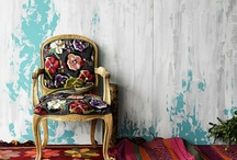 Interiors / by Hannah Smylie