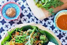 MASAKAN INDONESIA / Indonesia memiliki berbagai macam makanan khas yang unik dan enak ^_^ disini, kami akan berbagi tentang keanekaragaman makanan di Indonesia! / by Tiket2 Indonesia