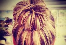 Hair! / Everything helpful about hair, including hairstyles and tips / by Jessica Swanson